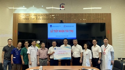 PETROVIETNAM and PV GAS donate medical equipment for Ha Noi Medical University Hospital