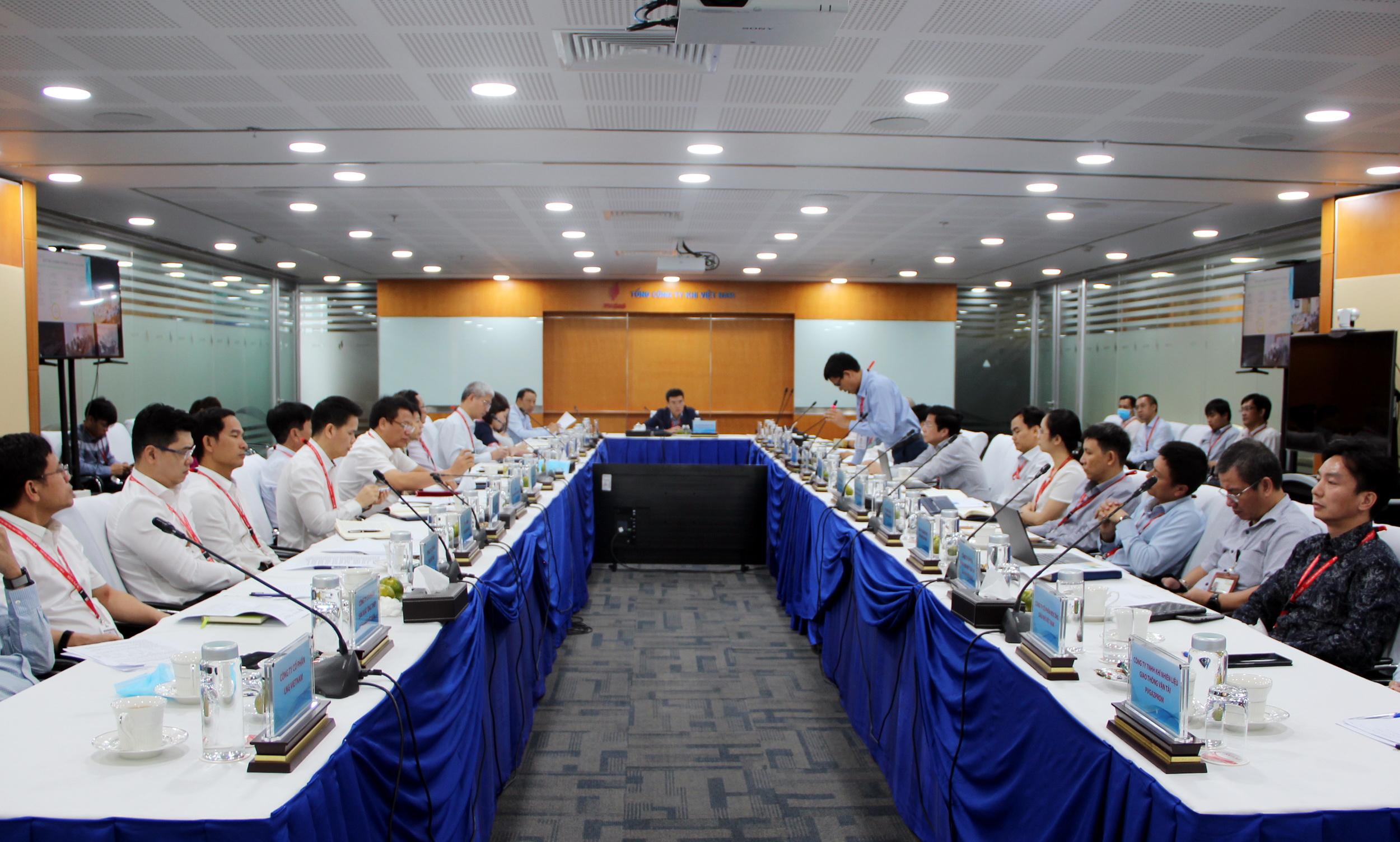 Quang cảnh Cuộc họp sơ kết 5 tháng