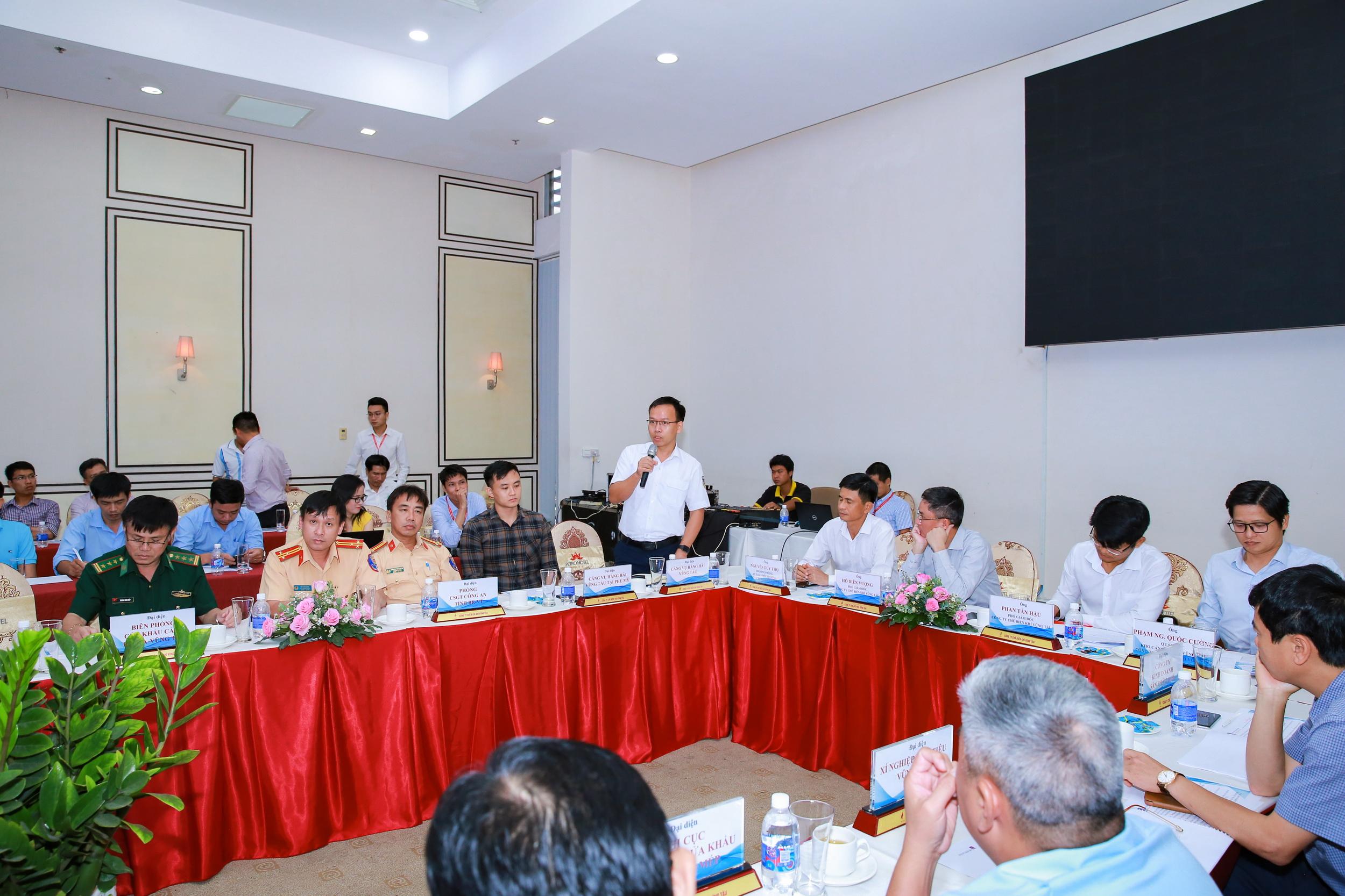 Hội thảo diễn ra khẩn trương, hiệu quả, hợp tác