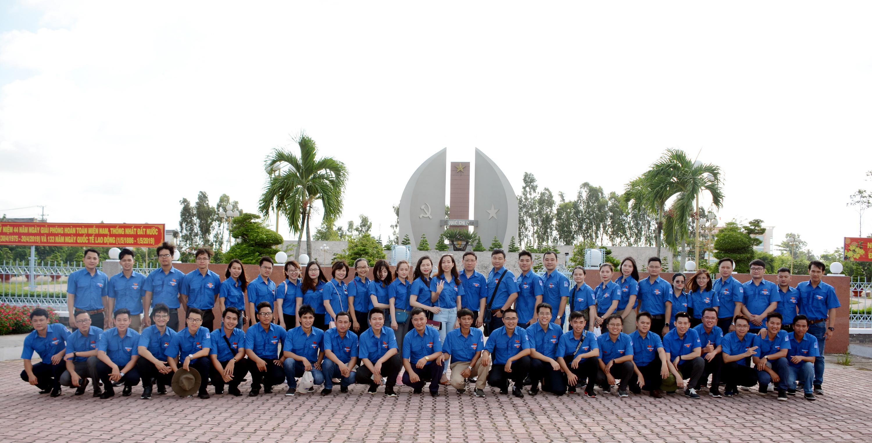 Đoàn Thanh niên PV GAS tham gia chuyến về nguồn, thực hiện chương trình Thanh niên