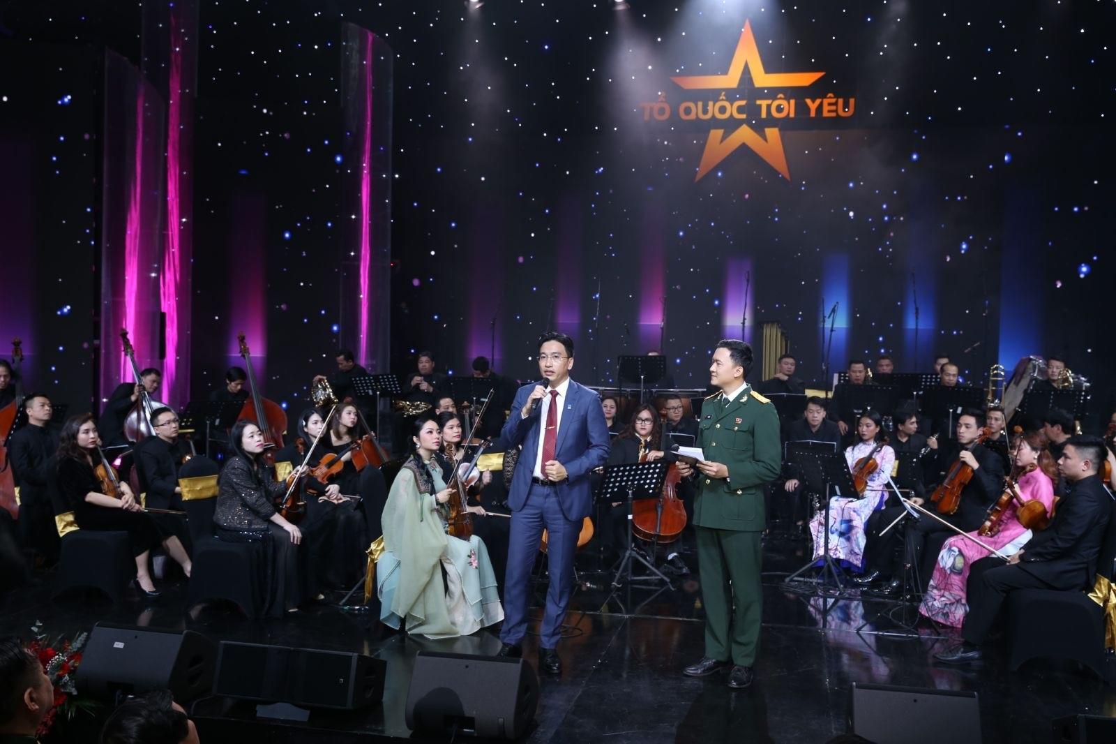 PTGĐ PV GAS Nguyễn Thanh Bình giao lưu với khán giả