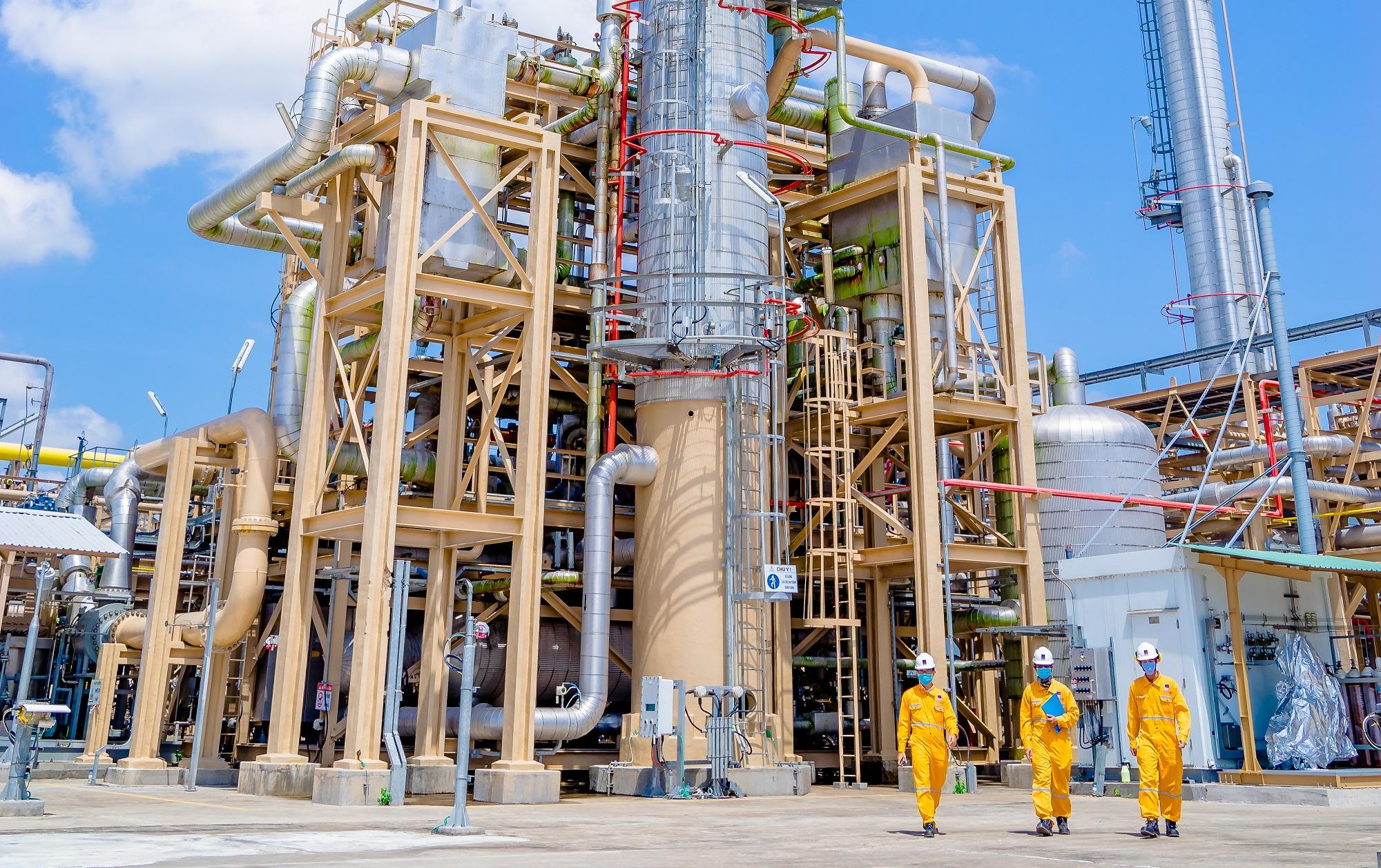 Người lao động trên các công trình khí