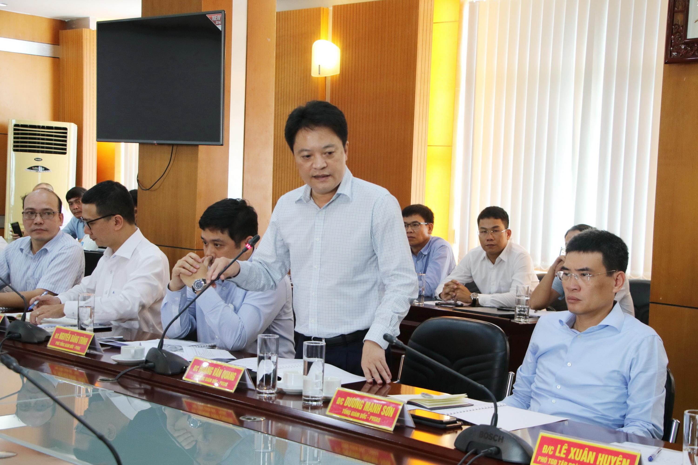 PTGĐ PV GAS Hoàng Văn Quang báo cáo