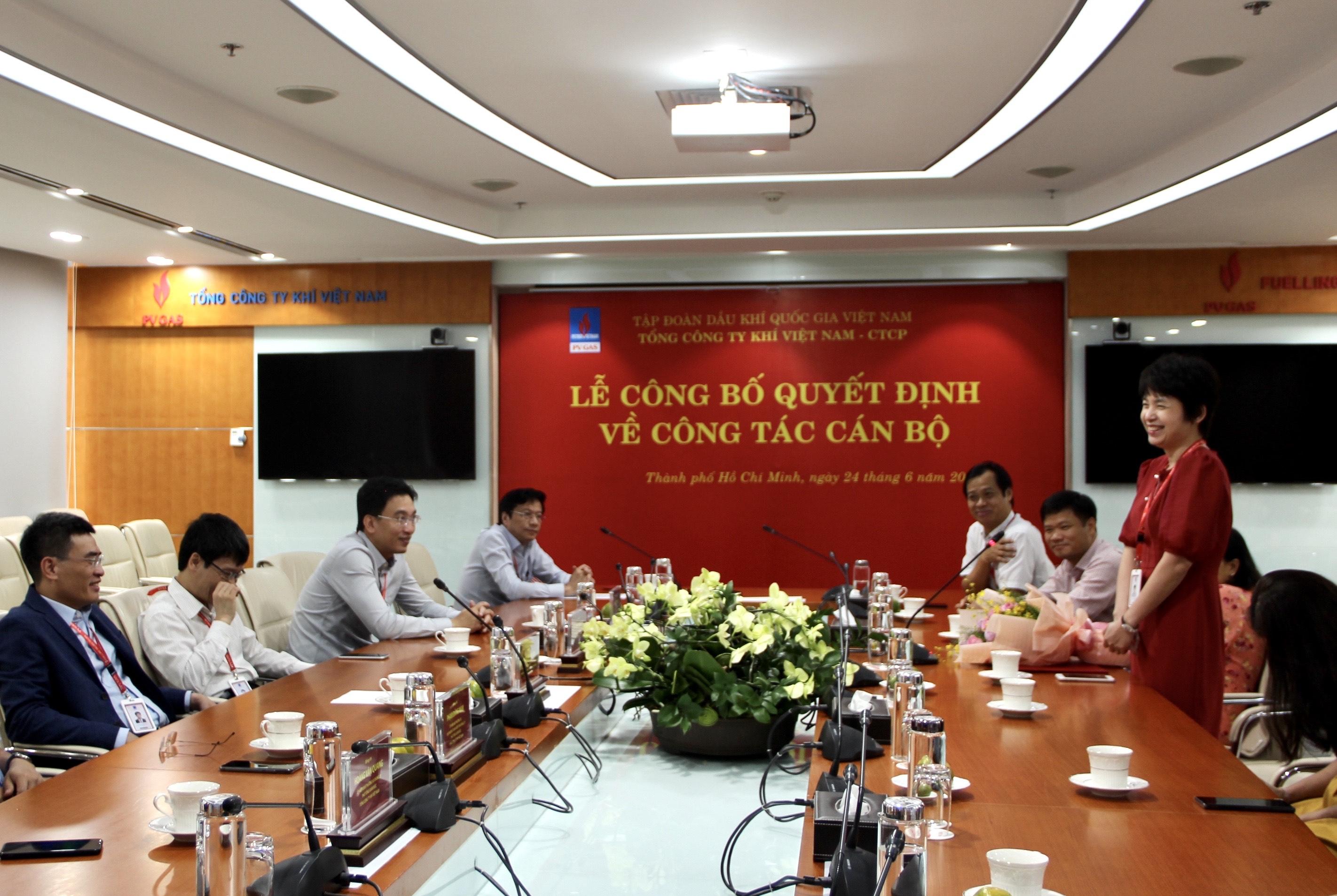 Bà Trần Thị Kim Liên phát biểu thể hiện quyết tâm hoàn thành nhiệm vụ