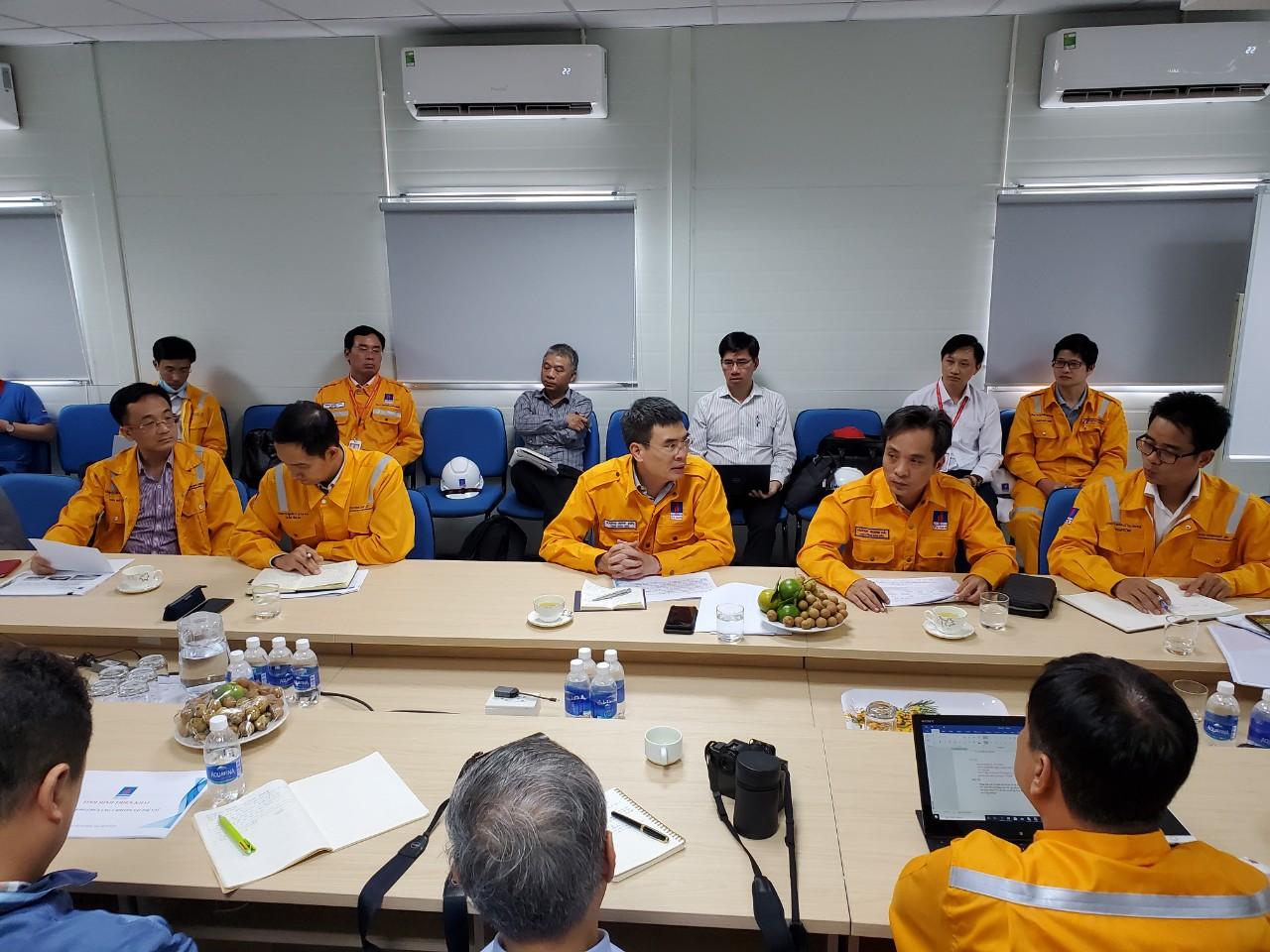 Tổng Giám đốc Dương Mạnh Sơn kết luận cuộc họp