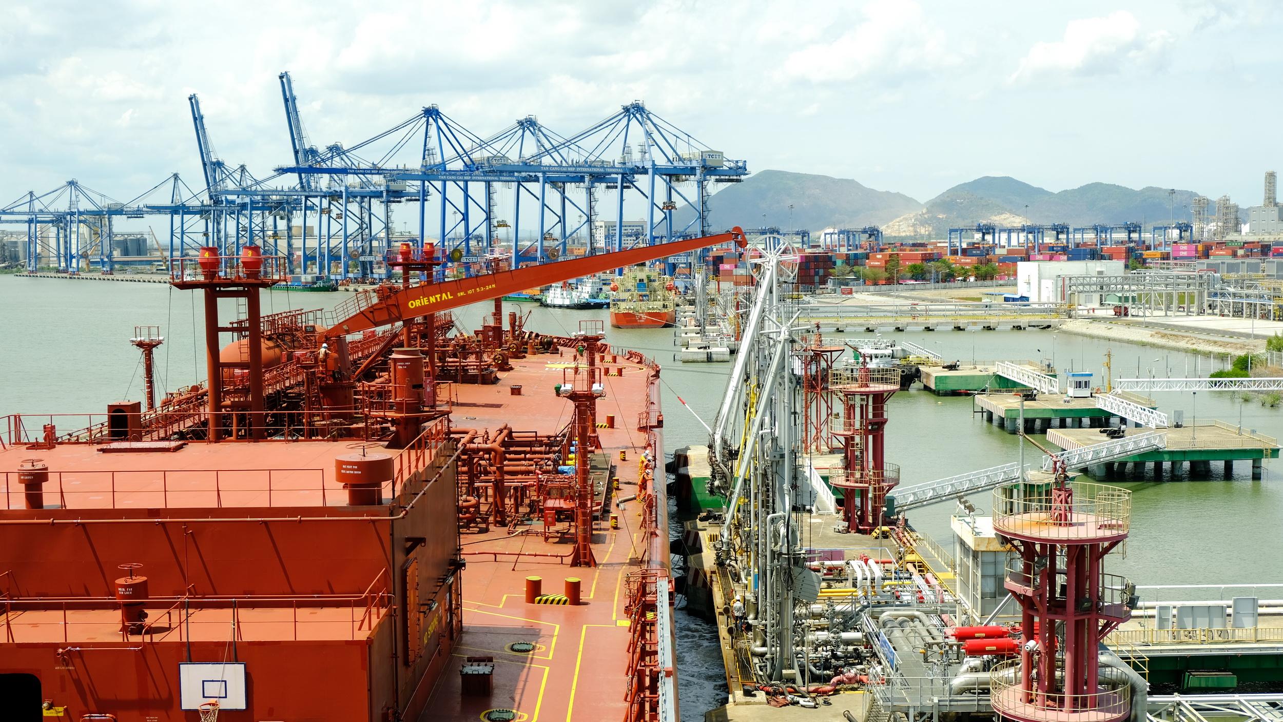 Ngày làm việc tại Kho cảng PV GAS Vũng Tàu